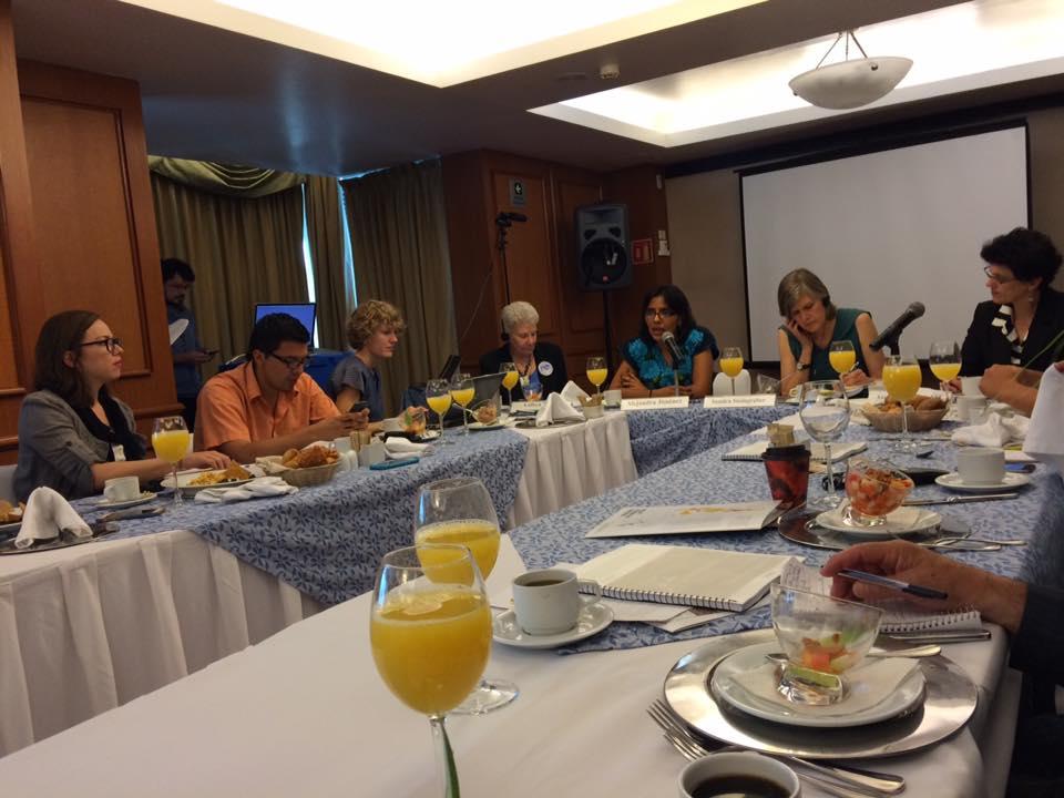 desayuno de prensa
